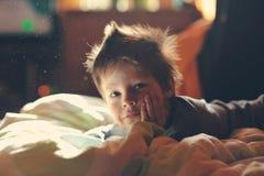 Niño despierto Imagen de archivo libre de regalías
