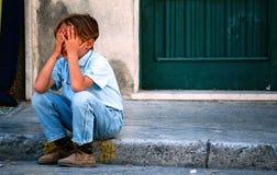 Niño desesperado Fotos de archivo