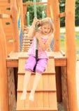 Niño en el cablecarril Foto de archivo