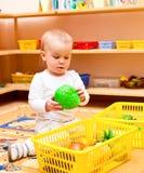 Niño en el cuarto de niños Foto de archivo libre de regalías