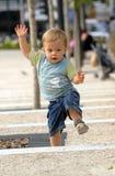 niño en el parque 20 fotografía de archivo libre de regalías