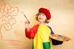 Niño en otoño imágenes de archivo libres de regalías