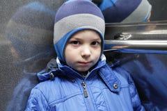 Niño en un elevador Fotos de archivo