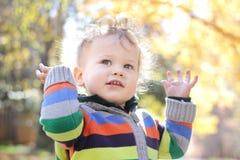 Niño feliz fotos de archivo libres de regalías