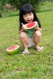 Niño feliz con la sandía Imágenes de archivo libres de regalías