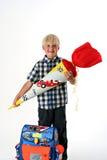 Niño feliz en su primer día de colegio imágenes de archivo libres de regalías
