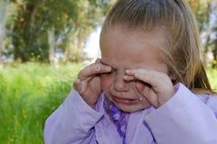 Niño gritador. Imagen de archivo libre de regalías