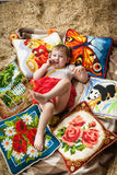 Niño, heno, amortiguadores, país Fotos de archivo libres de regalías