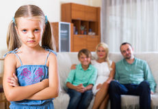 Niño ofendido por los padres Imagen de archivo