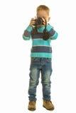 Niño pequeño con la cámara Foto de archivo
