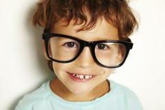 Niño pequeño con los vidrios Imágenes de archivo libres de regalías