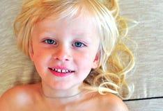 Niño pequeño lindo Foto de archivo libre de regalías