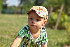 Niño pequeño lindo imágenes de archivo libres de regalías