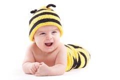 Niño pequeño lindo en traje de la abeja Imagen de archivo