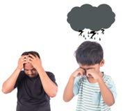 Niño pequeño lindo enojado su padre Fotografía de archivo libre de regalías