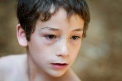 Niño pequeño serio Imagen de archivo libre de regalías