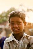 Niño pobre indio feliz inocente Fotografía de archivo