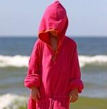 Niño por el mar Fotografía de archivo libre de regalías