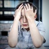 Niño triste al aire libre Imágenes de archivo libres de regalías