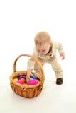 Niño y huevos de Pascua Fotografía de archivo