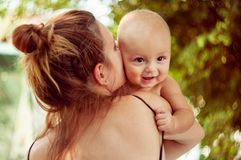 Niño y madre Imagen de archivo