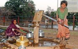 Niño y mujer tribales Fotos de archivo