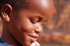 Niños africanos que sufren de virus SIDA en el pueblo de Pom Imágenes de archivo libres de regalías