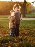 Niños al aire libre Foto de archivo