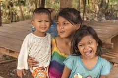 Niños Camboya del pueblo cerca de Siem Reap Imagenes de archivo