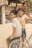 Niños Camboya del pueblo cerca de Siem Reap Imagen de archivo libre de regalías