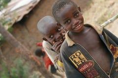 Niños curiosos de África Fotografía de archivo libre de regalías