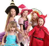 Niños de Halloween con los pulgares para arriba Fotografía de archivo libre de regalías