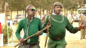 Niños de la escuela en las huéspedes entretenidas de Kenia Imagen de archivo