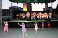 Niños del concierto que se divierten Imagenes de archivo