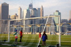 Niños del fútbol Fotos de archivo libres de regalías
