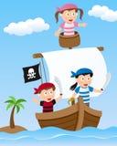 Niños del pirata en el barco de navegación Imagen de archivo libre de regalías