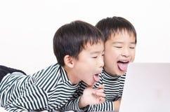Niños divertidos Imagen de archivo