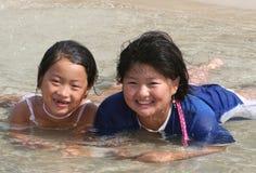 Niños en agua Fotos de archivo libres de regalías
