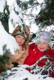 Niños en parque del invierno Foto de archivo
