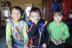 Niños en Y Ty Imagen de archivo