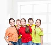 Niños felices del grupo Foto de archivo