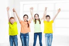 Niños felices del grupo Fotos de archivo