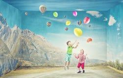 Niños felices descuidados Imagen de archivo