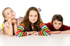 Niños hermosos de la pequeña hermana Fotografía de archivo libre de regalías