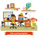 Niños que aprenden y que hacen proyectos juntos libre illustration