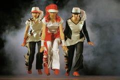 Niños que bailan en etapa Foto de archivo