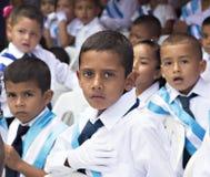 Niños que celebran Día de la Independencia en America Central Fotos de archivo libres de regalías