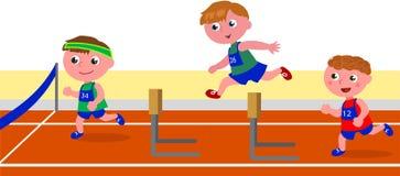 Niños que corren la carrera de obstáculo