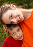 Niños sonrientes Imágenes de archivo libres de regalías