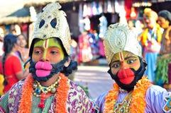 Niños vestidos encima como de Lord Hanuman en la India fotografía de archivo
